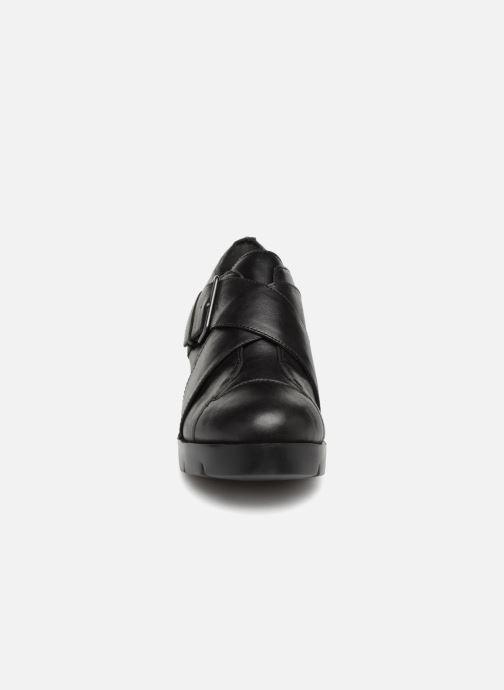 Mocassins Camper Wanda K200041 Noir vue portées chaussures