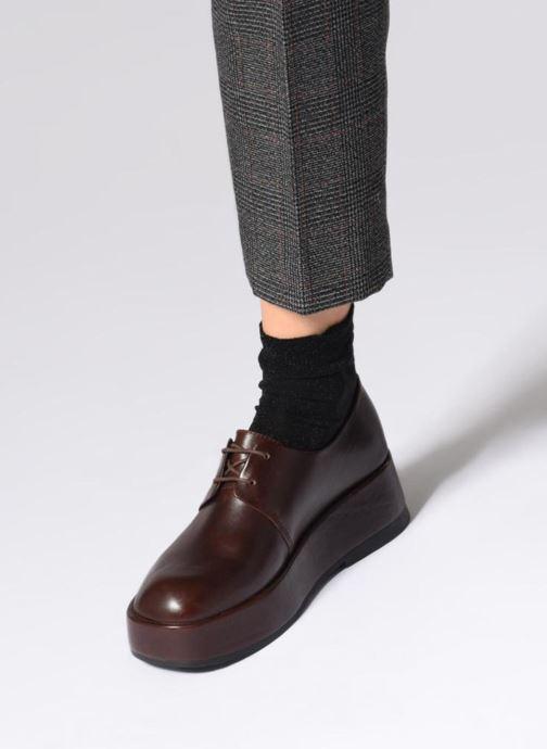 Chaussures à lacets Camper Wilma K200496 Noir vue bas / vue portée sac