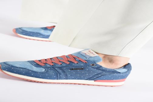Trainers Pepe jeans Gable Patch Dot Blue view from underneath / model view