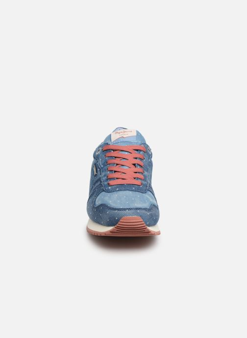 Sneakers Pepe jeans Gable Patch Dot Azzurro modello indossato