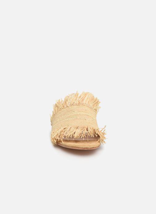 Clogs & Pantoletten Charlotte Woivré Suzy beige schuhe getragen