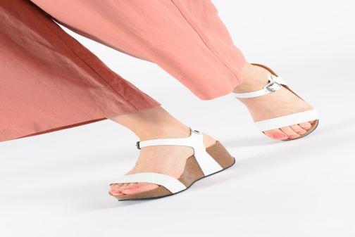 Sandales et nu-pieds Plakton So Kiss Blanc vue bas / vue portée sac