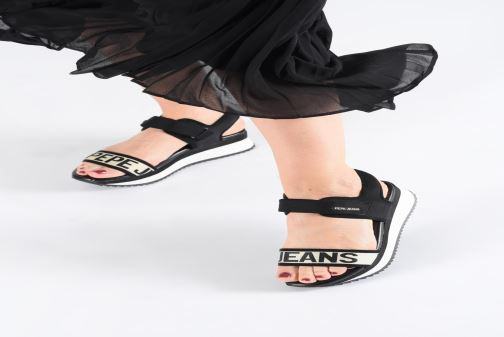 Sandales et nu-pieds Pepe jeans Fuji Mania Noir vue bas / vue portée sac