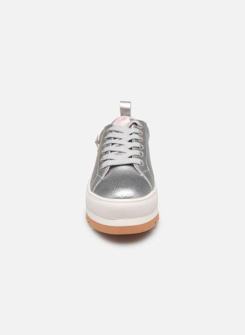 Baskets Pepe jeans Otawa Studs Argent vue portées chaussures