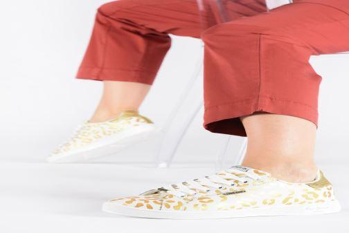 Baskets Pepe jeans Brompton Flashy Print Or et bronze vue bas / vue portée sac