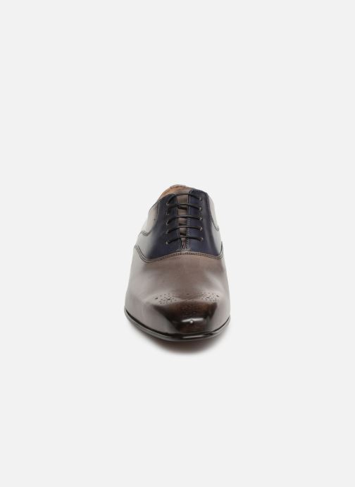 Lace-up shoes Melvin & Hamilton Ethan 11 Grey model view