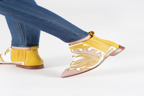 Ankle boots Melvin & Hamilton Jessy 42 Yellow view from underneath / model view