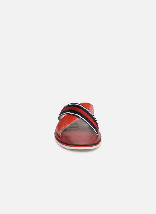 Sandales et nu-pieds Melvin & Hamilton Sam 5 Rouge vue portées chaussures