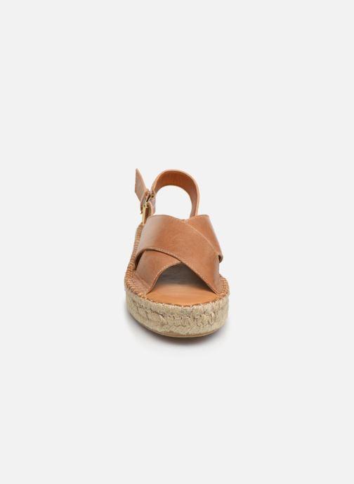 Sandales et nu-pieds Alohas Sandals Crossed platform Marron vue portées chaussures