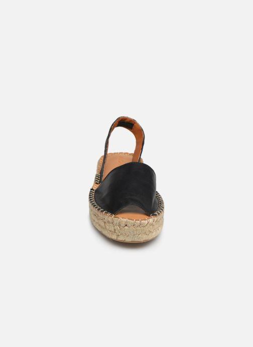 Sandales et nu-pieds Alohas Sandals Ibizas Platform Noir vue portées chaussures
