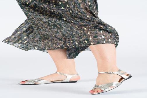 Sandales et nu-pieds Anonymous Copenhagen Niabi Argent vue bas / vue portée sac