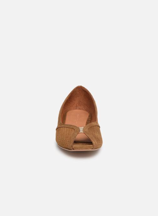Ballerinaer Anonymous Copenhagen Tiffy metallic Brun se skoene på