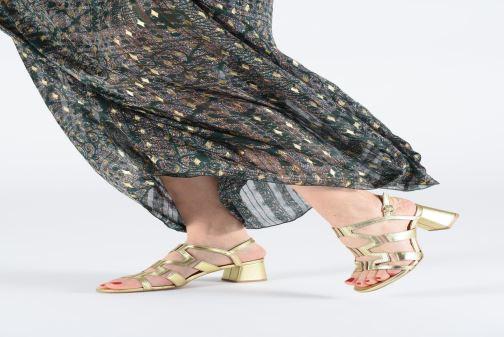 Sandales et nu-pieds Anonymous Copenhagen Vicci Or et bronze vue bas / vue portée sac
