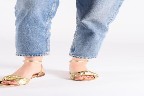 Sandales et nu-pieds Anonymous Copenhagen Zally Or et bronze vue bas / vue portée sac