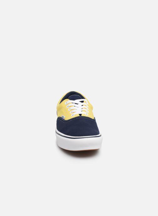 Baskets Vans ComfyCush Era Jaune vue portées chaussures