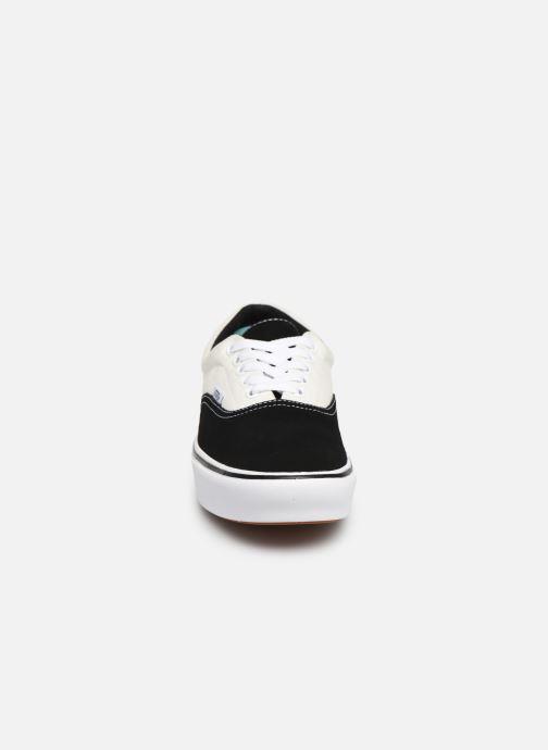 Baskets Vans ComfyCush Era Noir vue portées chaussures