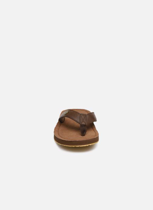 Tongs Cool Shoe Pilat Marron vue portées chaussures