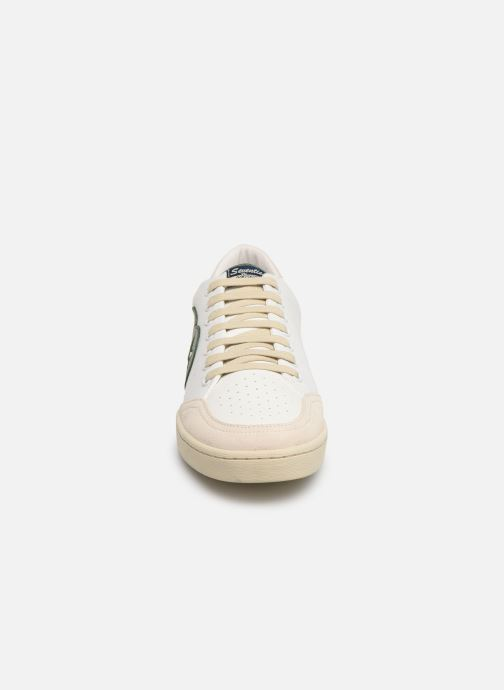 Baskets Kost SEVENTIES 13 Blanc vue portées chaussures