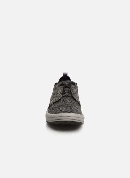 Baskets Merrell Gridway Noir vue portées chaussures