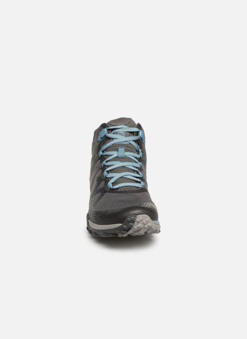 Chaussures de sport Merrell Siren 3 Mid Gtx Gris vue portées chaussures