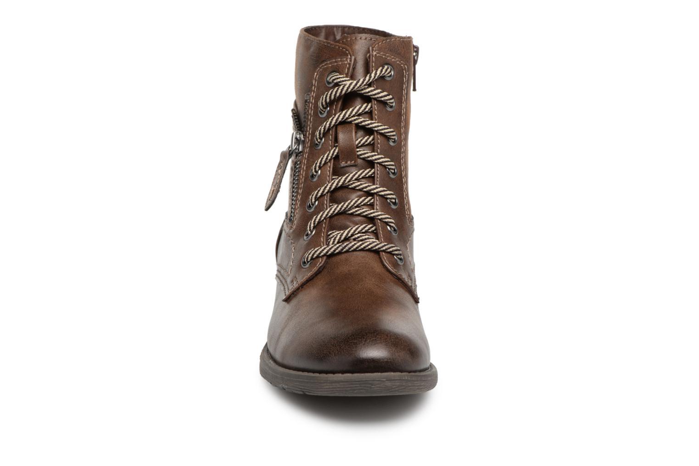 Stivaletti e tronchetti Jana shoes Susina 25217 Marrone modello indossato
