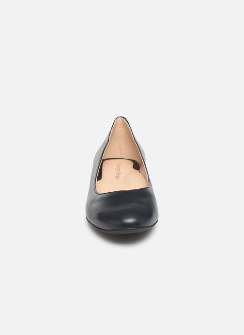 Ballerines Georgia Rose Walia Bleu vue portées chaussures
