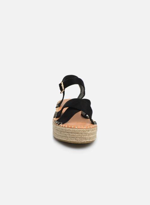 Alpargatas I Love Shoes Becroisa Negro vista del modelo