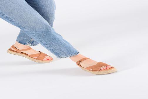 Alpargatas I Love Shoes Becroisa Marrón vista de abajo