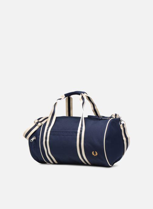 Sacs de sport Fred Perry TWIN TIPPED BARREL BAG Bleu vue portées chaussures