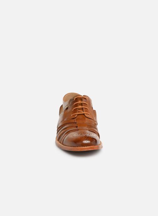 Zapatos con cordones Melvin & Hamilton Phil 14 Marrón vista del modelo