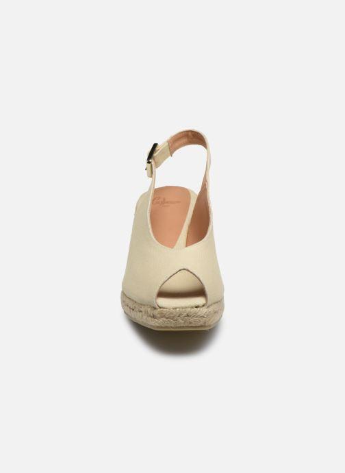 Scarpe di corda Castaner Dosalia H6 Bianco modello indossato