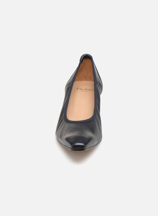 Zapatos de tacón Perlato 10367 Azul vista del modelo