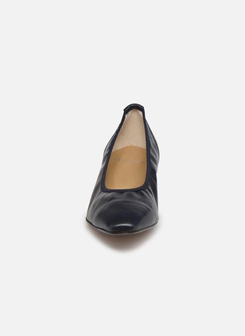 Escarpins Perlato 11129 Bleu vue portées chaussures