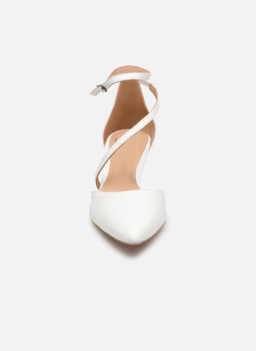 Escarpins Perlato 11125 Blanc vue portées chaussures