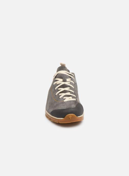 Chaussures de sport Garmont Tikal Gris vue portées chaussures