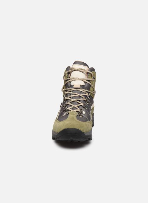 Zapatillas de deporte Kimberfeel Denali Verde vista del modelo