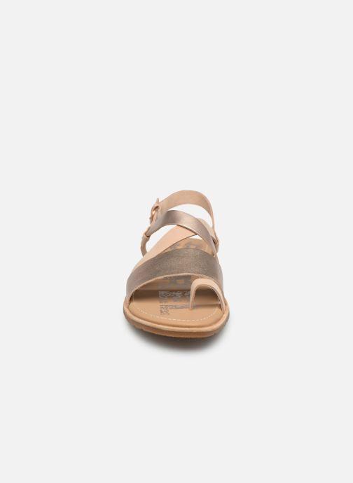 Sandalen Sorel Ella Criss Cross beige schuhe getragen