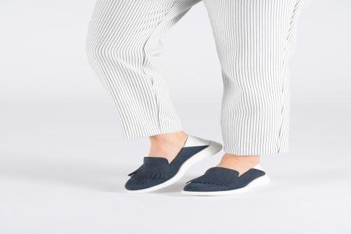 Slipper Fratelli Rossetti Gemma blau ansicht von unten / tasche getragen