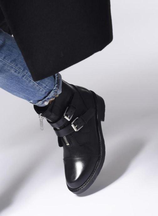 Bottines et boots Bullboxer 333502E6L Noir vue bas / vue portée sac