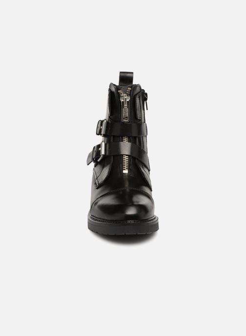 Bottines et boots Bullboxer 333502E6L Noir vue portées chaussures