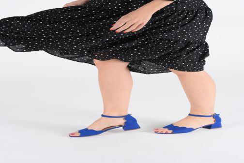 Sandalen Damart Alexia rot ansicht von unten / tasche getragen