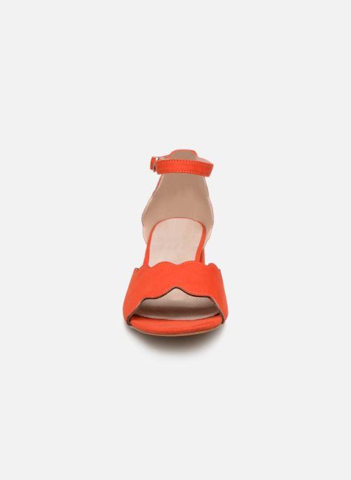 Sandalen Damart Alexia rot schuhe getragen