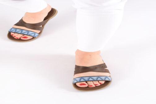 Clogs & Pantoletten Columbia Solana™ Slide braun ansicht von unten / tasche getragen