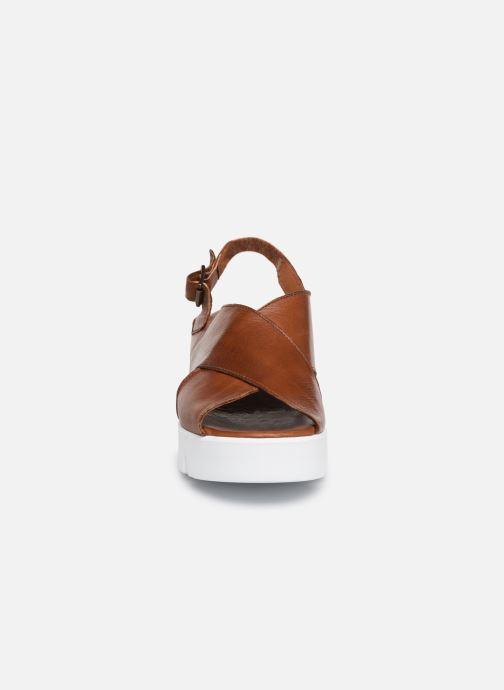 Sandales et nu-pieds Sweet Lemon L.16.SWAP Marron vue portées chaussures