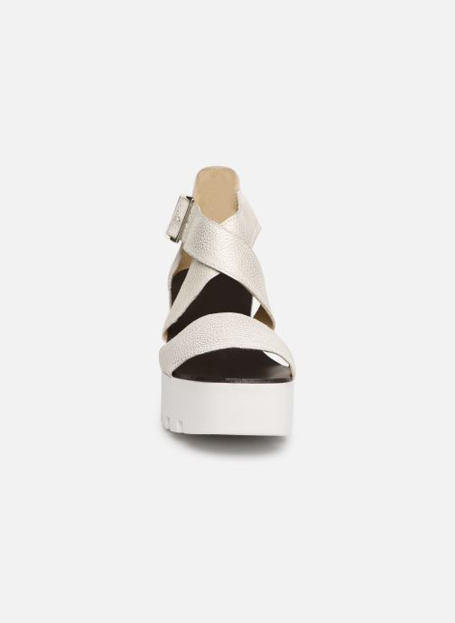 Sandales et nu-pieds Sweet Lemon L.16.SUBWAY Blanc vue portées chaussures