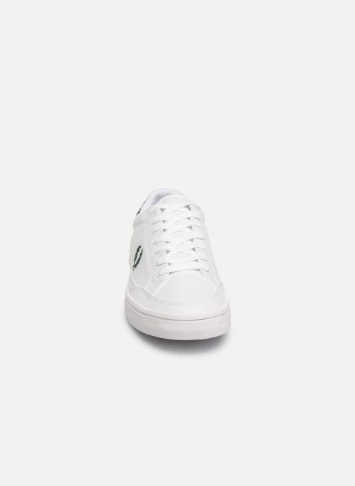 Baskets Fred Perry Deuce Canvas/Tricot Blanc vue portées chaussures