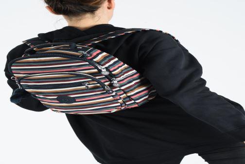 Rucksäcke kipling Clas Seoul S mehrfarbig ansicht von unten / tasche getragen