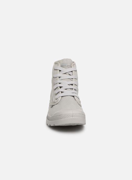 Baskets Palladium Pampa Hi m Gris vue portées chaussures