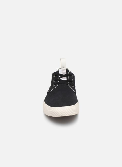 Sneakers Palladium Pallaphoenix Ox Cvs Nero modello indossato