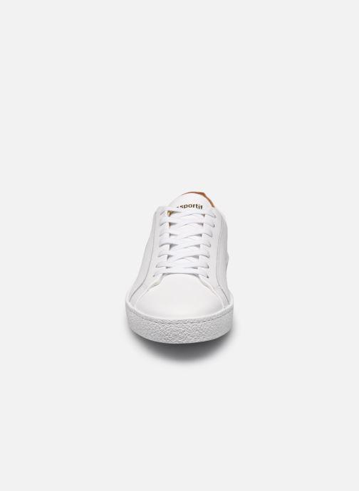 Baskets Le Coq Sportif Club Blanc vue portées chaussures